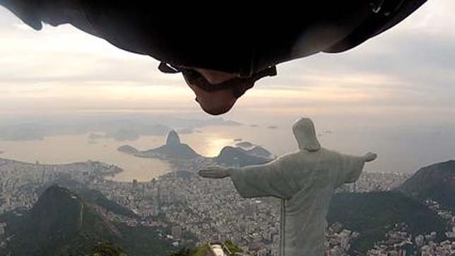 Madáremeberk Rio de Janeiro felett