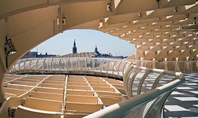 Metropol Parasol, a legnagyobb fából épült szerkezet a világon