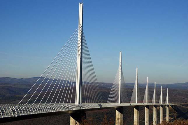 Millau-i Viadukt, a leghosszabb ferdekábeles híd a világon