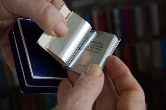 Tari József minikönyvei