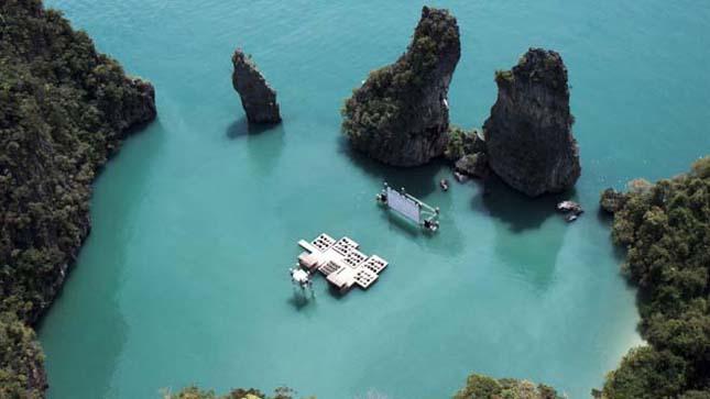 Mozi a tengeren