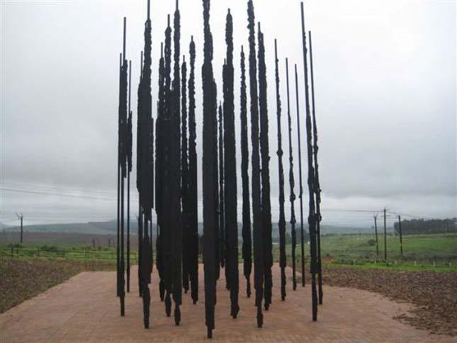 Nelson Mandela szobra
