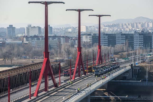 Rákóczi híd próbaterhelése