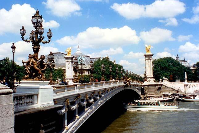 Le Pont Alexandre-III, Franciaország