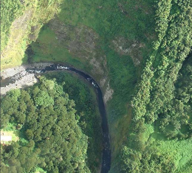 A csodálatos Trou de Fer szurdok La Réunion szigetén