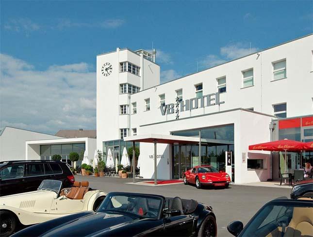 V8 hotel, Stuttgart