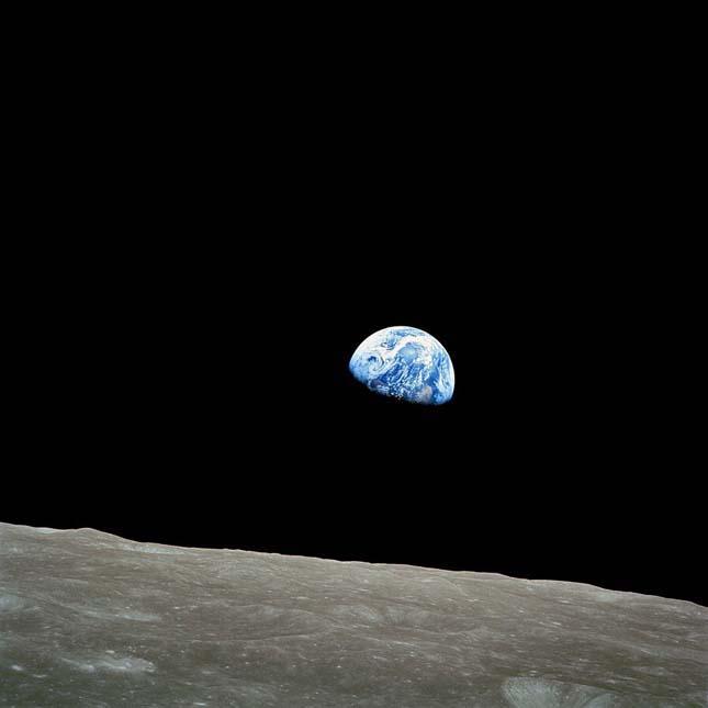 Hold utazás