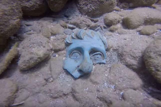 Egy 1600 éve elsüllyedt hajó kincseit hozták felszínre
