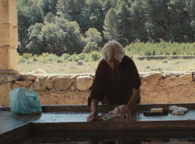 Egyedül él egy idős házaspár a faluban