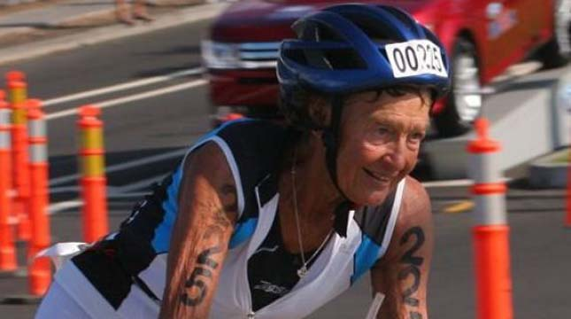 Az apáca, aki 45 Ironman versenyt teljesített
