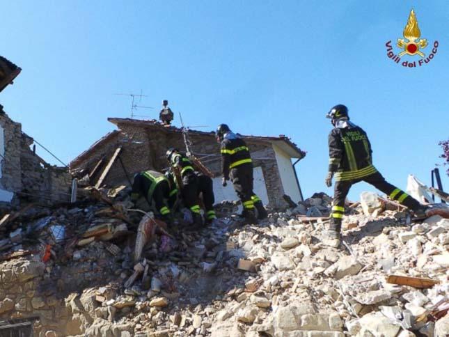 Olaszországi földrengés