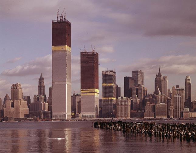 Világhírű épületek és látványosság az építésük közben