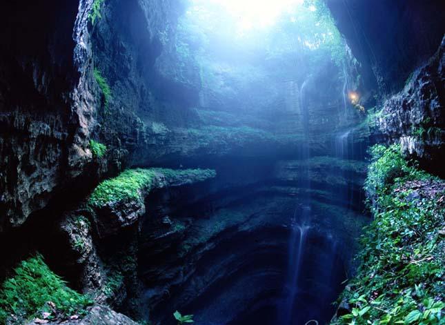 Fecske Barlang, Mexikó.