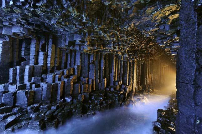 Fingal barlang, Skóciában.