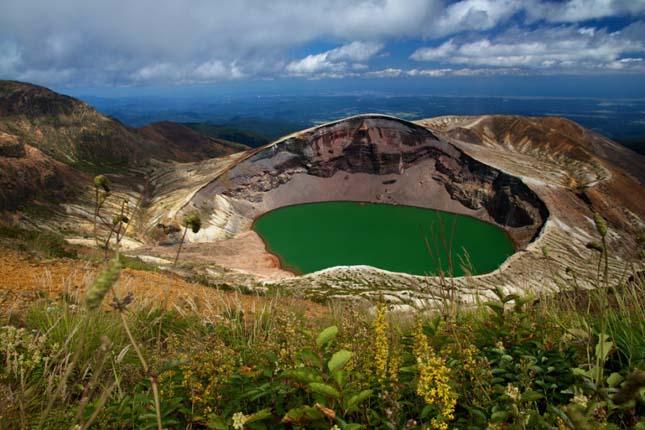 Occam kráter tó