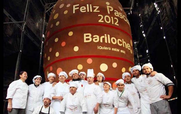 Világ legnagyobb húsvéti csokitojása