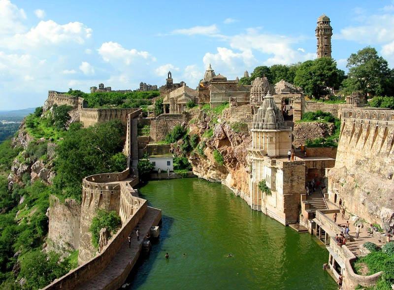 chittorgarh-fort-rajasthan-india