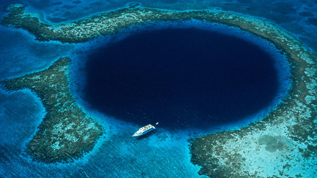A nagy kék lyuk - Great blue hole, Belize
