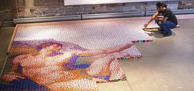 Kirakták Michelangelo remekművét 12 ezer Rubik-kockából