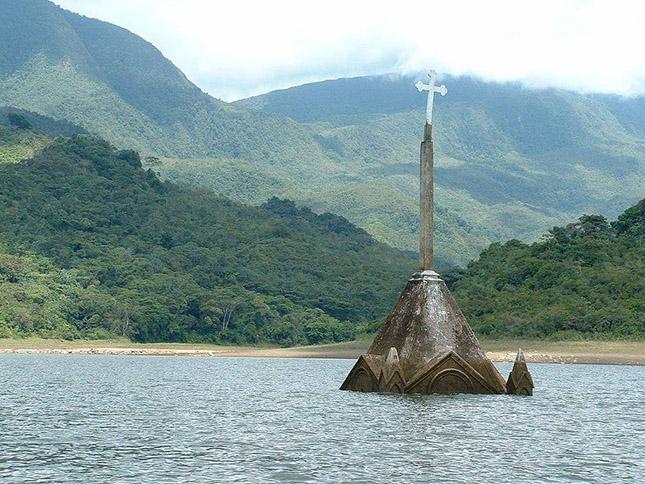 A Potosi kereszt a templom, Venezuela