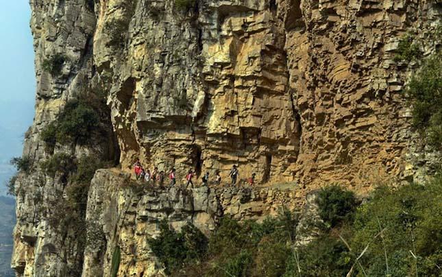 Bijie, Kína