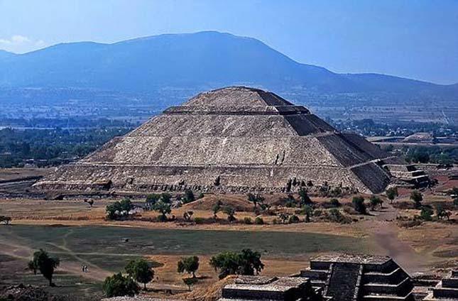 Nap Piramis