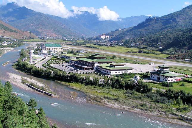 Paro Repülőtér, Bhután