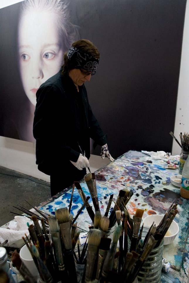 Gottfried Helnwein - Olaj és akril