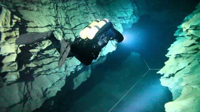 Molnár János-barlang